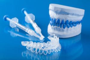 Midwest City OK Teeth Whitening | Teeth Whitening trays and a dental mold